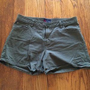 Nautical olive green shorts